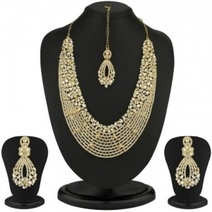 Sukkhi Dazzling Gold Plated Australian Diamond Necklace Set