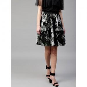 SASSAFRAS Black & Grey Floral Print Accordion Pleat A-Line Skirt
