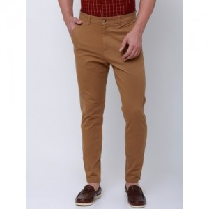 HIGHLANDER Men Brown Tapered Fit Solid Chinos