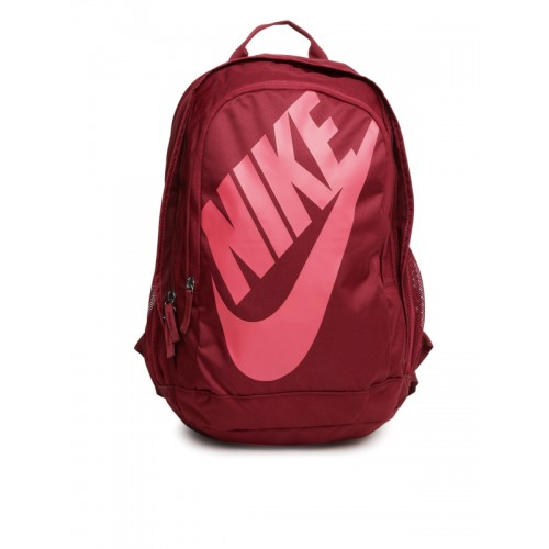 2cba4f8909 Buy Nike Unisex Maroon Printed HAYWARD FUTURA Backpack ...