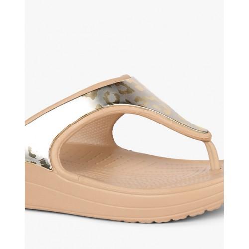 58a84f79e9e03b Buy CROCS Printed Flatform Sandals online