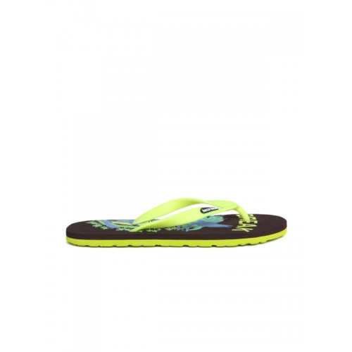 bacca bucci Men Fluorescent Green & Brown Printed Flip-Flops