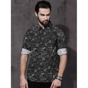 Roadster Men Black & White Regular Fit Printed Casual Shirt