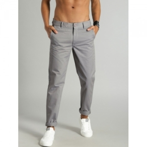 Roadster Grey Slim Fit Solid Chinos