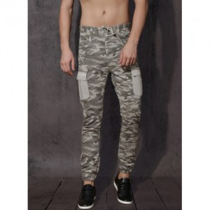 Roadster Roadster Men Grey Camouflage Printed Cargo Joggers