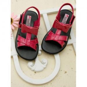 DChica Girls Black & Pink Comfort Flats Sandals