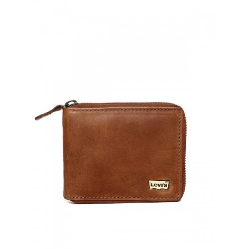 6a8e3be4168723 Buy Levis Men Brown Solid Zip Around Leather Wallet online ...