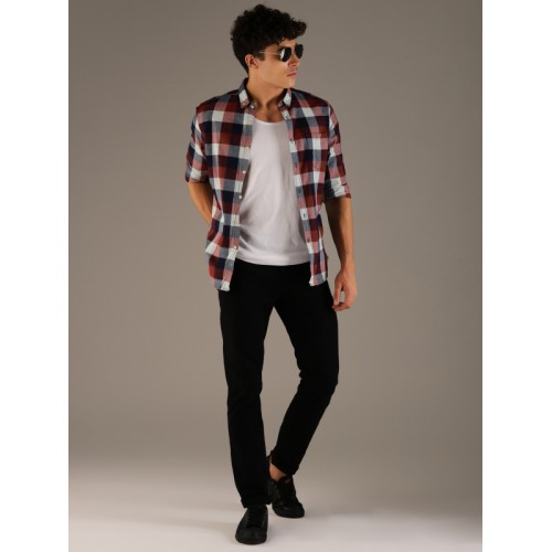 Flying Machine Men Red & Blue Slim Fit Checked Casual Shirt