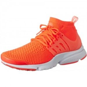 edae14ab8e Buy latest Men's Sports Shoes from Max On Flipkart online in India ...