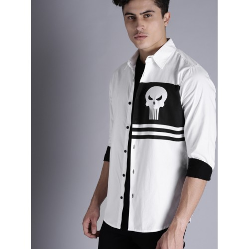 Kook N Keech Marvel Men White & Black Regular Fit Printed Casual Shirt