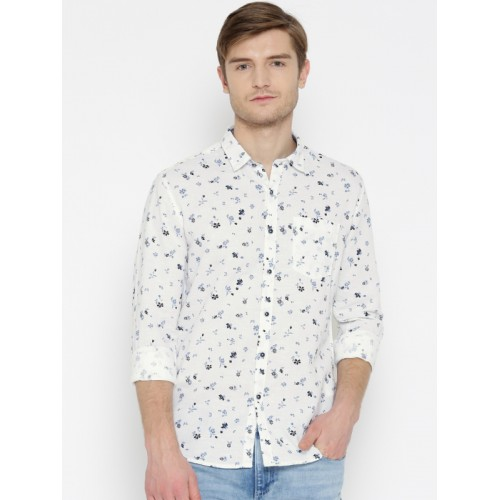 Numero Uno Men White & Blue Regular Fit Printed Casual Shirt