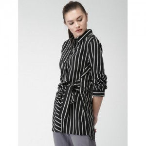 Mast & Harbour Women Black & White Regular Fit Striped Casual Shirt