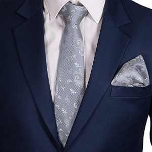 Vibhavari Men's Tie and Contrasting Pocket Square