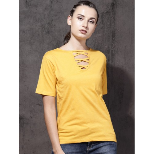 Roadster Women Mustard Yellow Solid Round Neck T-shirt