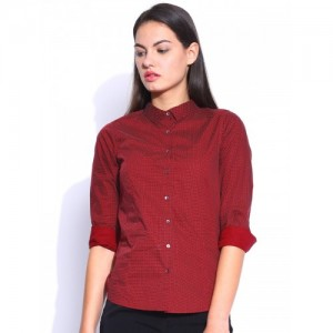 Mast & Harbour Maroon Dotted Print Casual Shirt