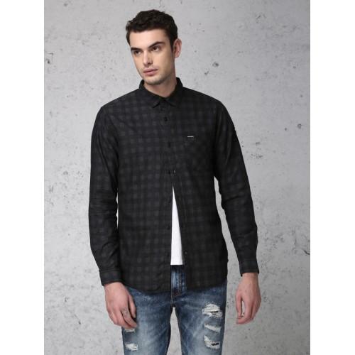 Ecko Unltd Men Grey & Black Slim Fit Checked Casual Shirt