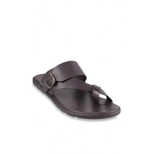 ce5c97cb53605e Buy Mochi Dark Brown Cross Strap Sandals online