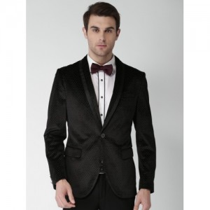 INVICTUS Black Patterned Slim Fit Single-Breasted Party Tuxedo