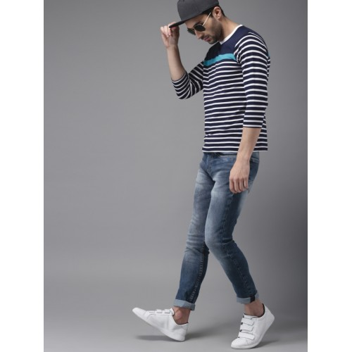 HERE&NOW Men White & Navy Blue Striped Round Neck T-shirt