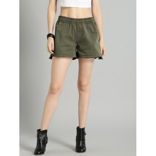 Roadster Time Travlr Women Charcoal Solid Regular Fit Regular Shorts
