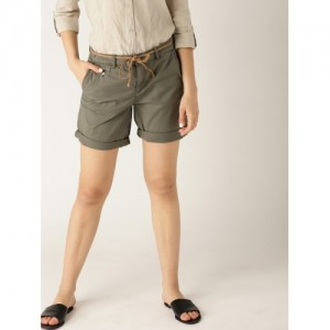 a55c45333de Buy latest Women s Shorts   Capris Between ₹1750 and ₹5000 online ...