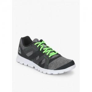 61c5f65fdc31 Buy Reebok Cardio Motion Peach Sneakers online