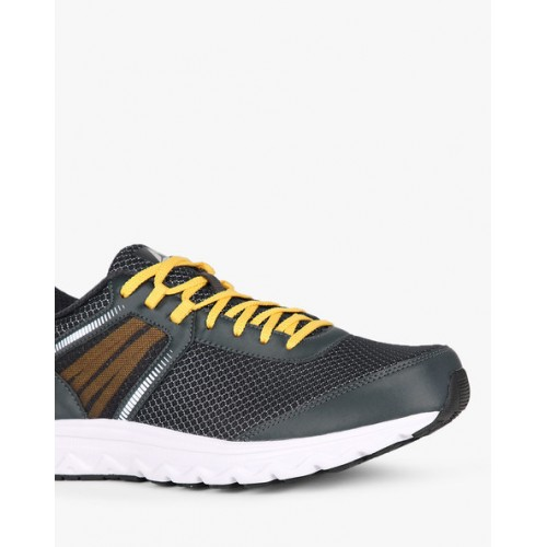Reebok Run Dashride Xtreme Low-Top Running Shoes