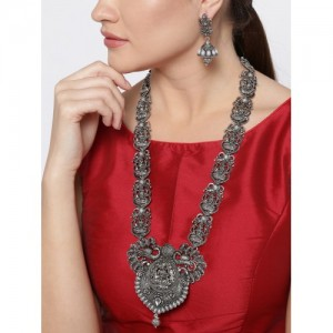 cd40f40a76 Buy latest Women's Necklaces & Necklace Set On Jabong online in ...
