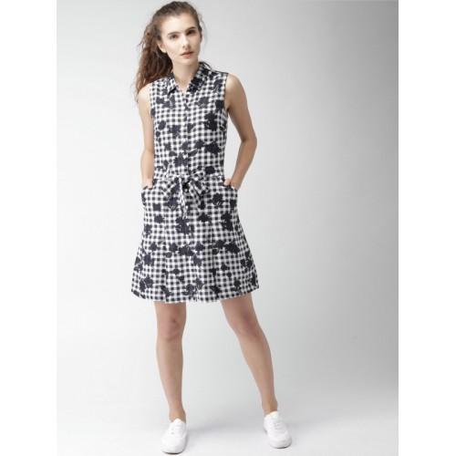 a8c808f6555 Buy Tommy Hilfiger Women Navy Blue Checked Linen Shirt Dress online ...