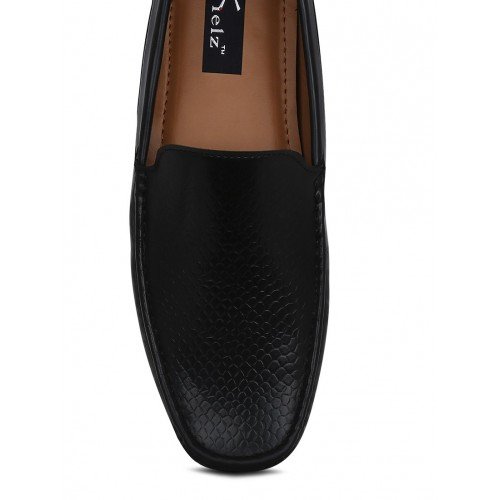 KIELZ black leatherette slip on loafer