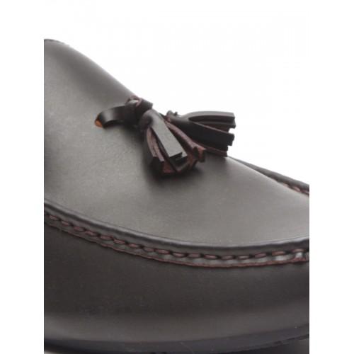06b20df4cee Buy Arrow Men Coffee Brown Leather Tassel Loafers online