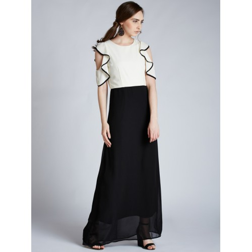 Harpa Women White & Black Solid Maxi Dress