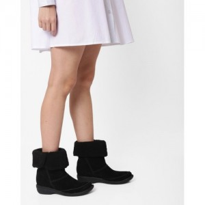 CLARKS Avington Grace Boots with Fur Collar