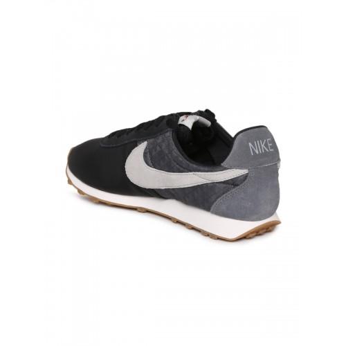 292b3249a1b1f Buy Nike Women Black PRE MONTREAL RACR Leather Sneakers online ...