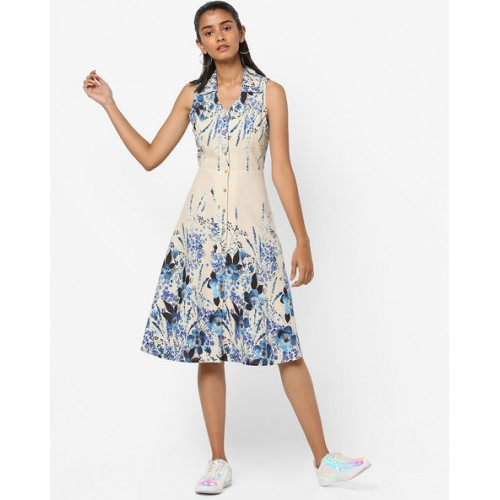 And White Rayon Floral Print Collared Dress