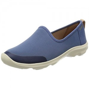 b531e9b0b5789e Buy latest Women s Casual Shoes from Crocs On Amazon