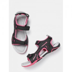 Roadster Women Black Sports Sandals