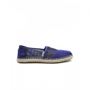 fa20e773f Buy latest Women s Casual Shoes Between ₹2750 and ₹3000 online in ...