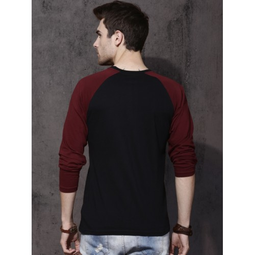 Roadster Men Black Solid Round Neck T-shirt