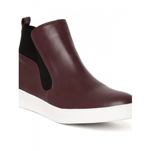 Carlton London Women Burgundy Solid Flat Boots