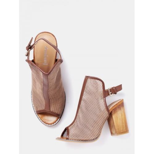 47f499e381d9 Buy DressBerry Women Brown Patterned Block Heels online