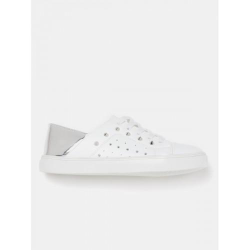 Kook N Keech Women White & Silver-Toned Colourblocked Studded Sneakers