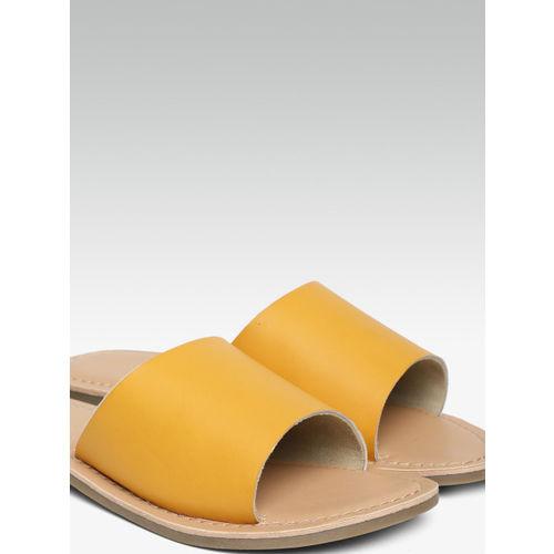 Steve Madden Women Yellow Solid Open Toe Flats