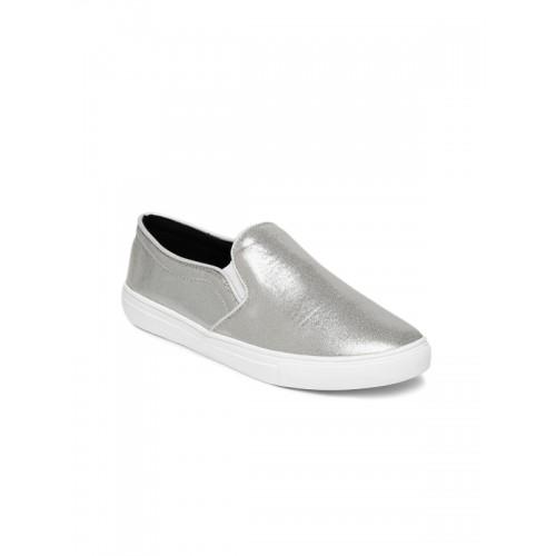 Tao Paris Women Silver-Toned Solid Slip-On Sneakers