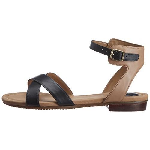 2768d8e0e13213 Buy Clarks Women s Viveca Zeal (Fit D) Leather Fashion Sandals ...