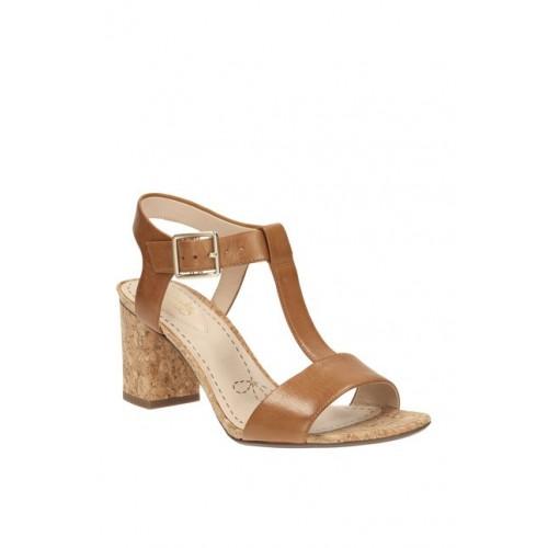 c1b5da9cd08 Buy Clarks Smart Deva Brown T-Strap Sandals online