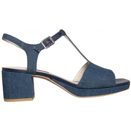 94ab9c258d8d4 Buy Clarks Women Blue Denim Sandal online