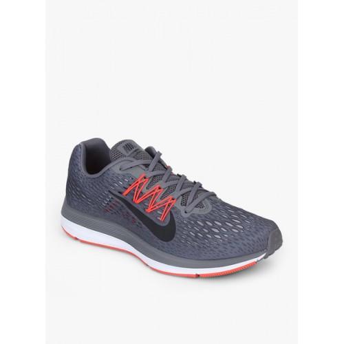 huge discount 4f8ee 8e842 Buy Nike Air Zoom Winflo 5 Black Running Shoes online ...