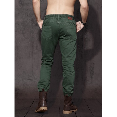 Roadster Men Green Regular Fit Solid Joggers