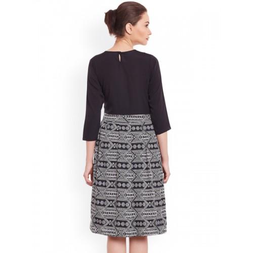 WISSTLER Women Black Printed Fit & Flare Dress